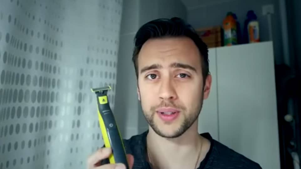 oneblade i rasoir lectrique pour entretenir votre barbe i philips. Black Bedroom Furniture Sets. Home Design Ideas