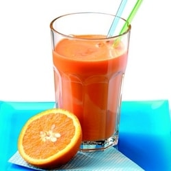 Jus de betterave, orange et gigembre